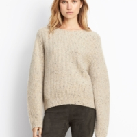 Cropped Saddle Pullover in Light Crème