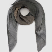 Grey Gradient Pleated Foulard