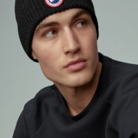 Black Artic Disc Togue Beanie Hat
